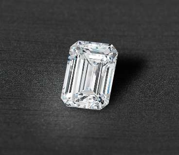 emerald cut diamond from ritani